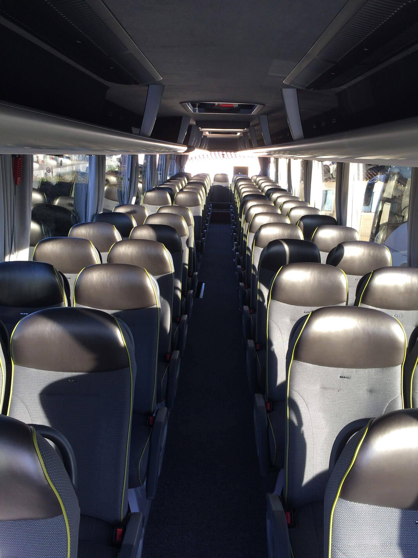 autocars Aix-en-Provence location Autocars Burle